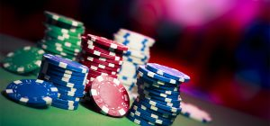 Necessity of experienced poker agents online