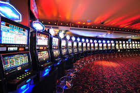 Different types of slot machines available online and offline