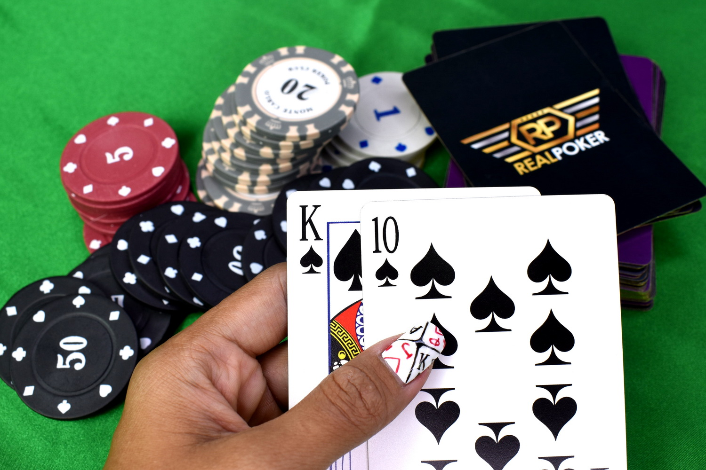 Enhancing your Chances of Winning Poker Online