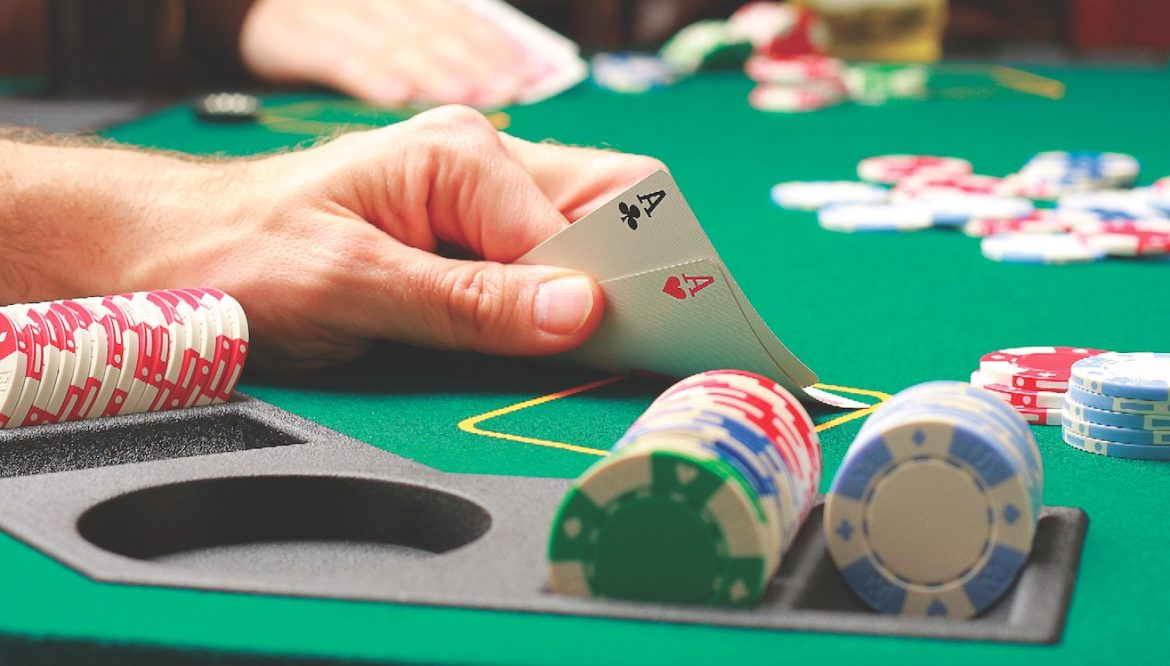What are the things you should look into when choosing a casino?